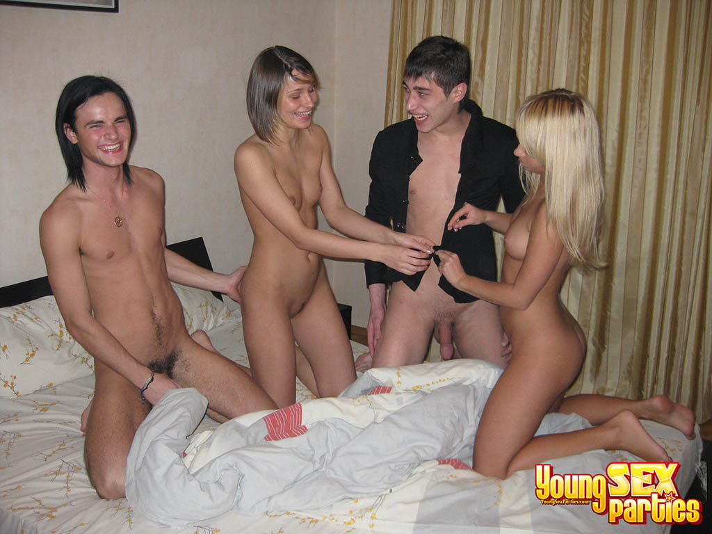 Young amateur sex parties — img 10