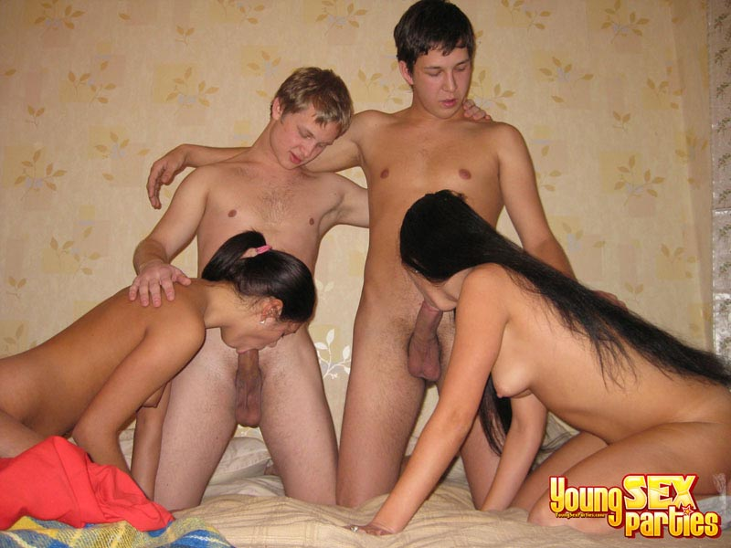 Young couples couch orgy