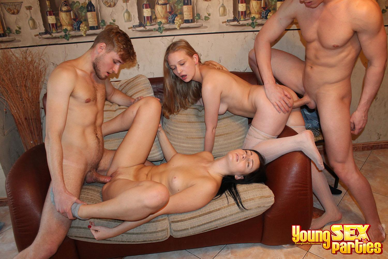 Порно Молодежь Группа